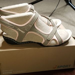 Jambu Jsport Pluto Encore Sandals 7.5 Smokey